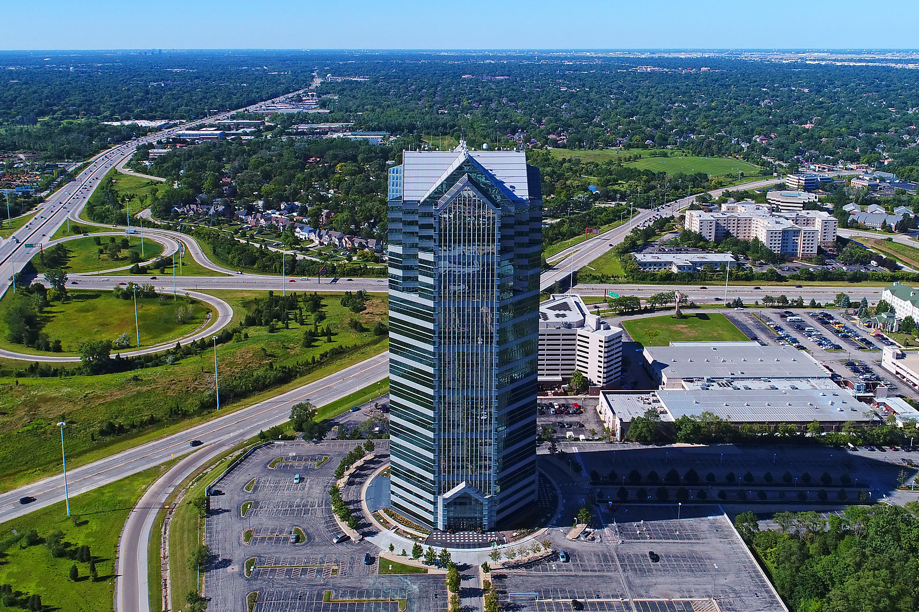 featured image for the oakbrook terrace tower image gallery
